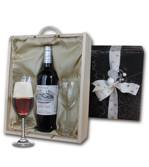 Bordeaux Grand Cru Class� Ch�teau La Tour du Pin Figeac in a wooden crate with two wine glasses