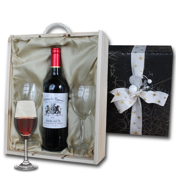 Bordeaux Hautes Graves Margaux in wooden crate with two wine glasses