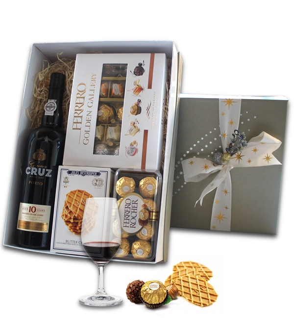 Chocolate and Port in Luxury Gift box